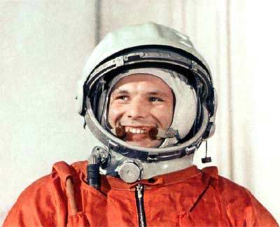 Space heroes: Yuri Gagarin first man in outer space 5th photo