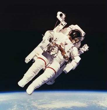 Problems in space travel - space suits 8th picture