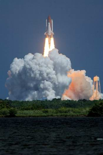 Shuttle space ships launches 2nd photo